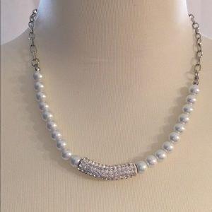 Jewelry - Peals and Rhinestone Necklace & Bracelet Set